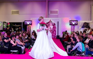 Salon du mariage de val d'europe capturé par Luc Hourriez Photographe de mariage à Paris